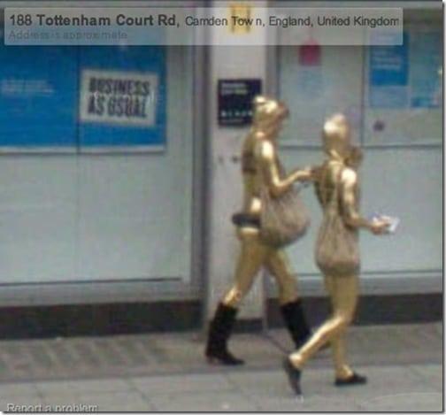 Oscar statues can walk!